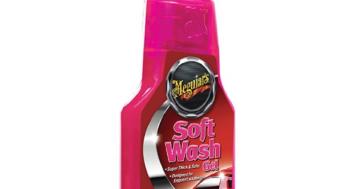 gewachstes Auto waschen