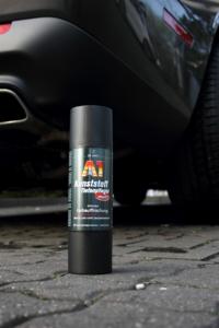 Auto Kunststoff wieder schwarz machen