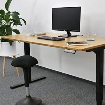 Ergotopia® Elektrisch höhenverstellbarer Schreibtisch | 5 Jahre Garantie | Ergonomischer Steh-Sitz Tisch mit Memory Funktion | Beugt Rückenschmerzen vor & Macht produktiver (180x80, Echtholz Bambus) - 2